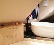 Bath Tub 1